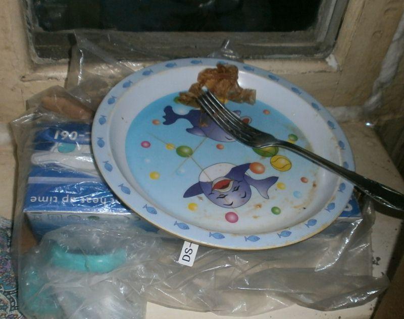Тарелка после еды неряшливого человека