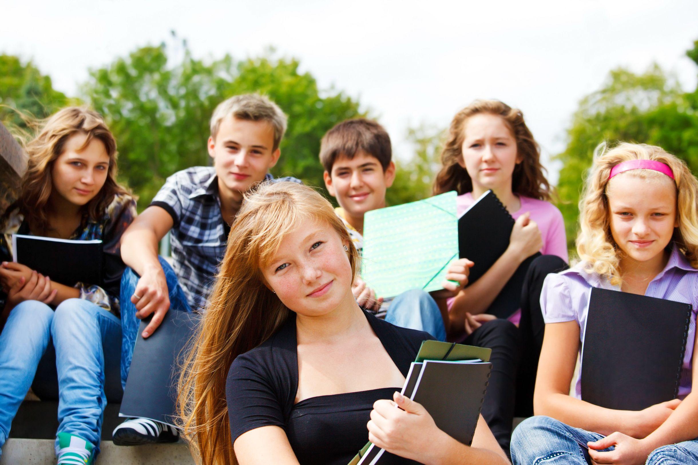 Подработка для школьников летом